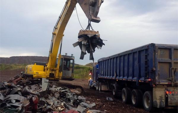 Nettoyage d'un site de dépôt à matériaux secs miniers